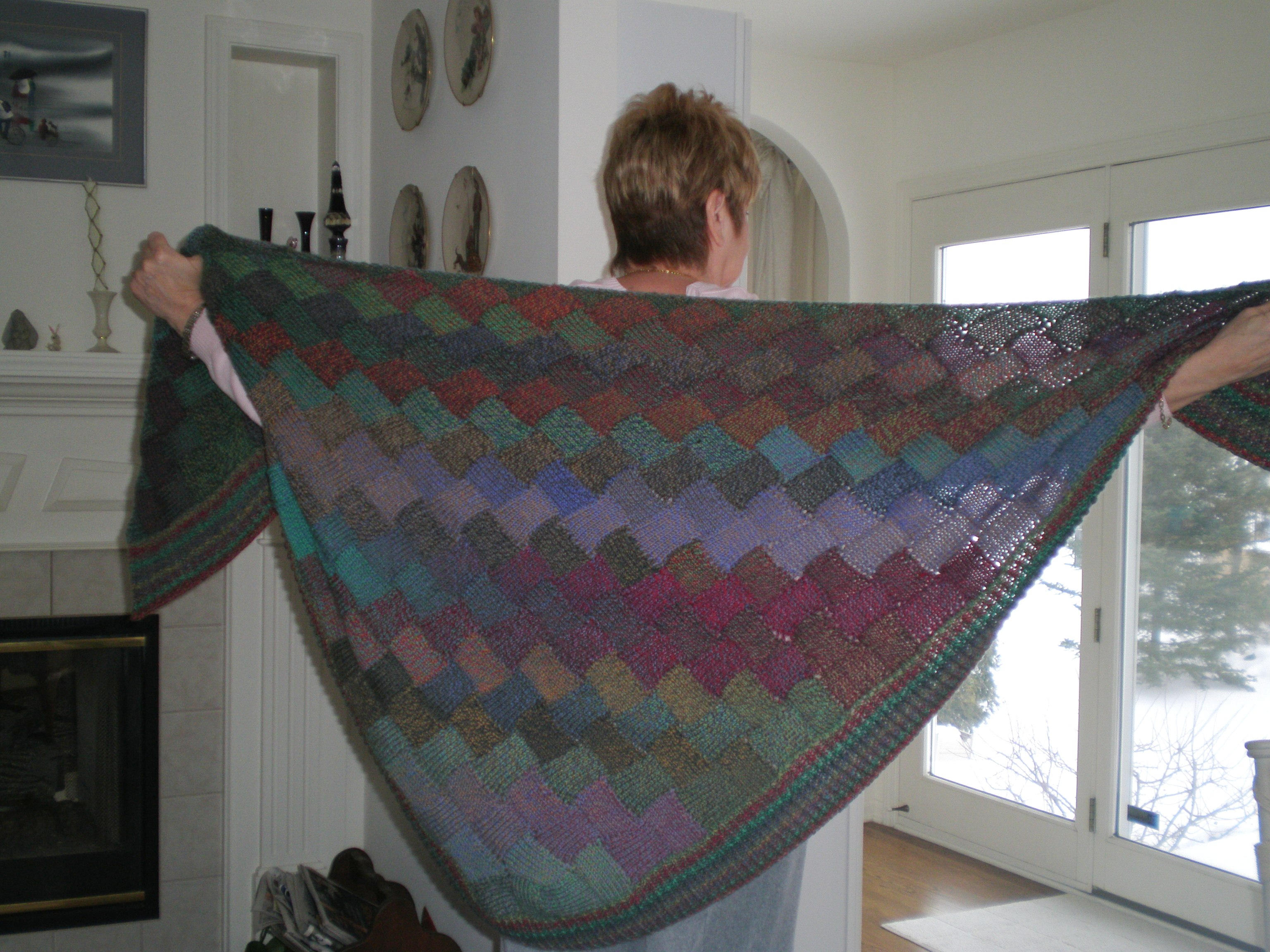 Entrelac shawl a thing of beauty tintitypes this shawl made with an entrelac stitch turned out gorgeous the pattern i sort of used i say sort of because i didnt follow the pattern the way it was bankloansurffo Gallery