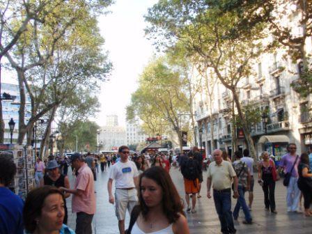 Las-ramblas-street-in-barcelona